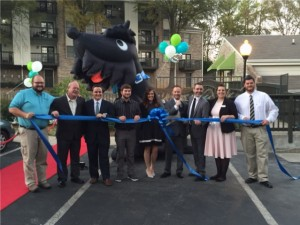 Hawthorne ribbon cutting